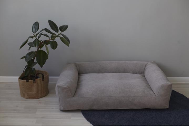Лежанка для питомца, в наличии и под заказ в любой ткани